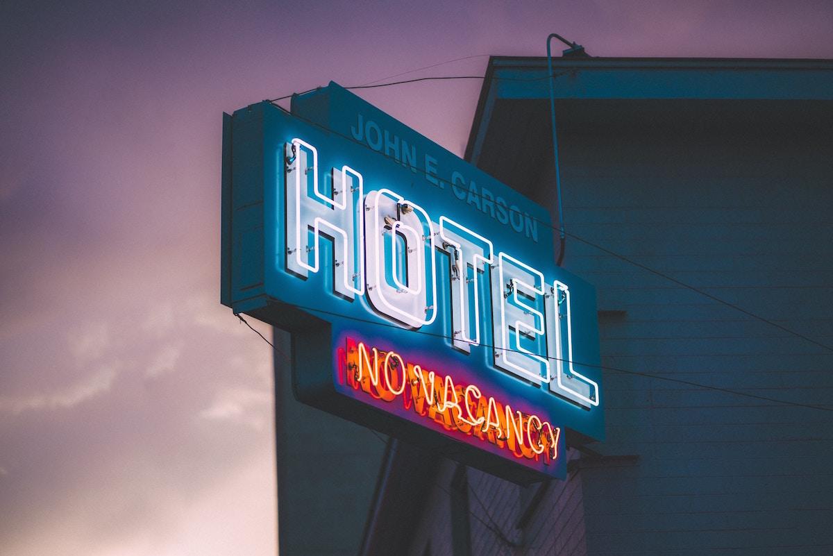 Hotel: il raggiro della falsa prenotazione