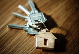 Come agiscono i truffatori immobiliari