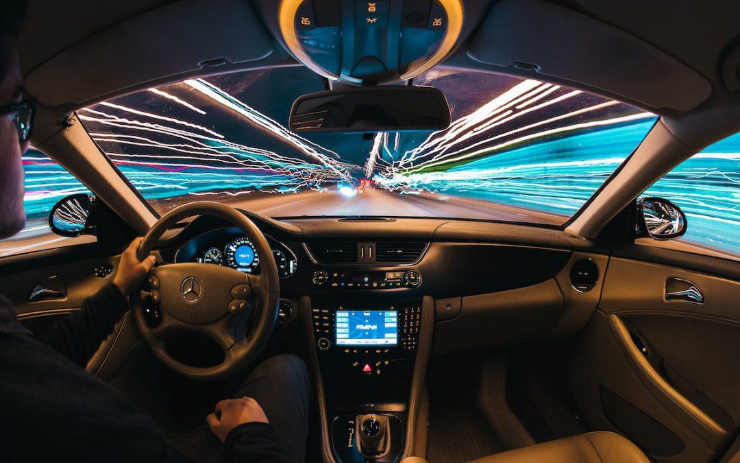 Rischio hacker per le automobili connesse