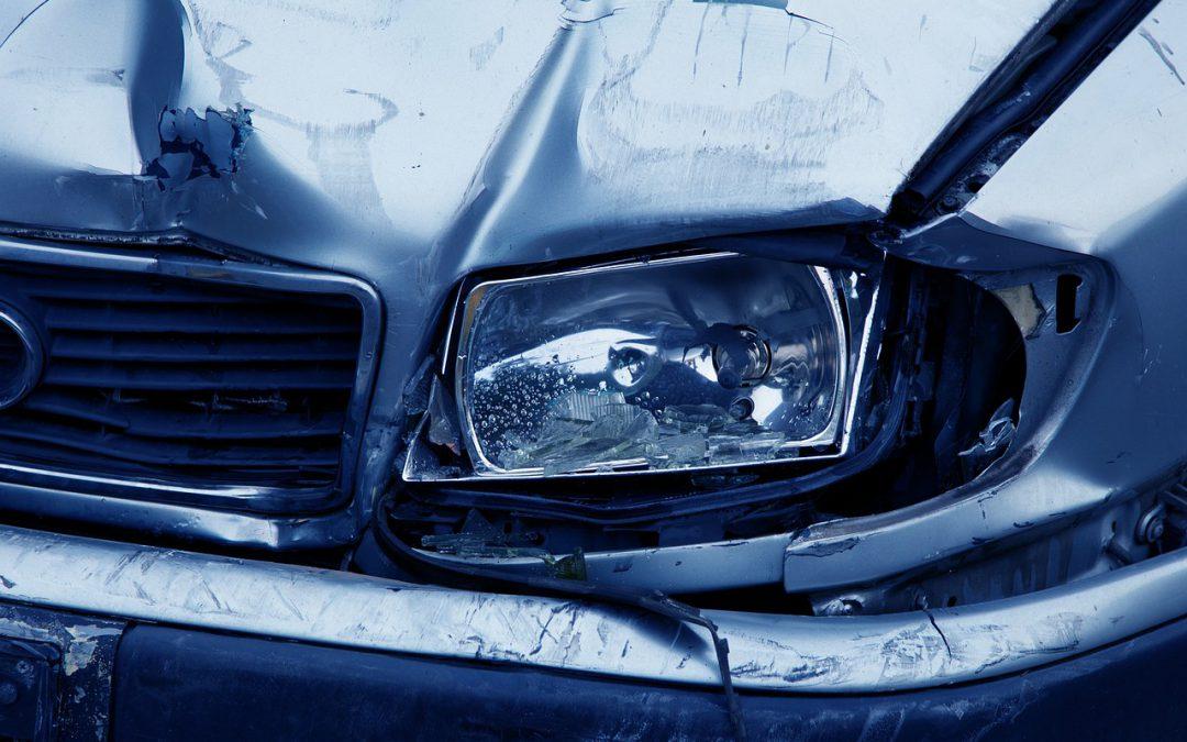 Attenzione ai siti che offrono assicurazioni auto a basso costo