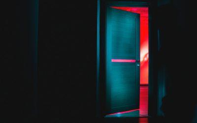 L'identikit del truffatore porta a porta