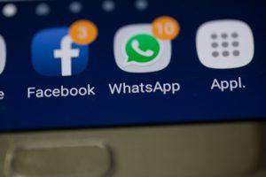 Attenzione alle nuove truffe che viaggiano su WhatsApp