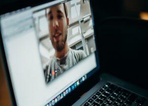 Zoom e cybersicurezza: cosa succede agli account violati