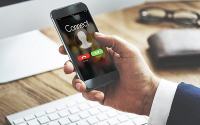 Come riconoscere le truffe dietro le offerte di telefono, luce e gas