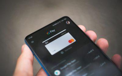 Attenzione alla nuova truffa degli addebiti non autorizzati sulle carte
